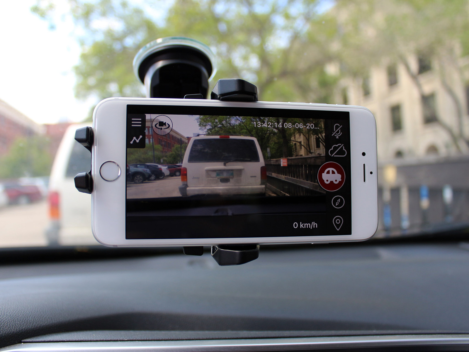 Use Old Cell Phone As Rear Car Camera